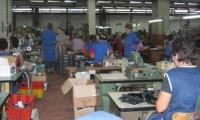 Unele fabrici de confectii textile din Turnu au probleme financiare.