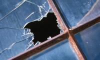 Au fost sparte geamurile gradinitei din satul Navodari.