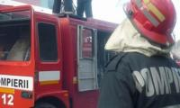 Pompierii turneni au stins un incendiu izbucnit la o magazie.