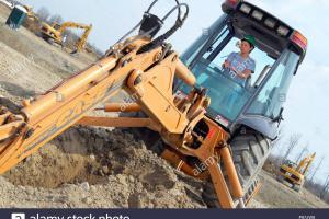 Mihaita si buldoexcavatorul