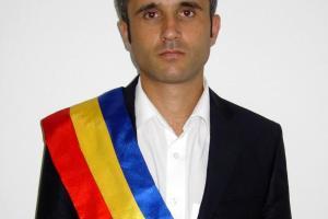 Nicolae Badanoiu, primarul-pompier.