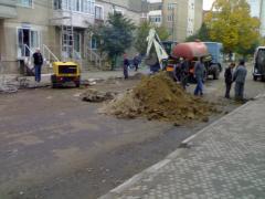 Privind la o groapa...pe  str Praporgescu